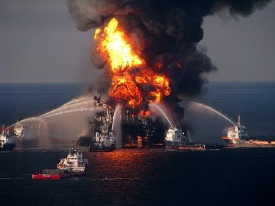 DeepwaterHorizon fire3